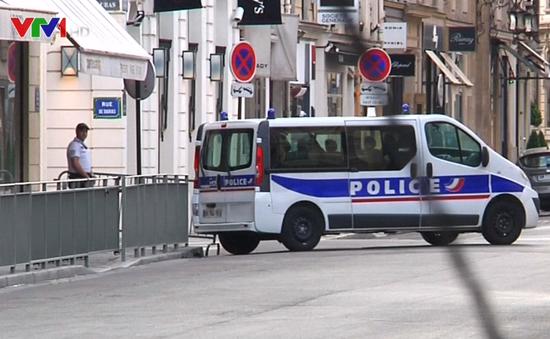 Pháp sẽ dỡ bỏ tình trạng khẩn cấp vào mùa Thu