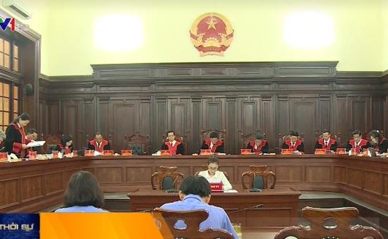 Xét xử giám đốc thẩm 10 vụ án