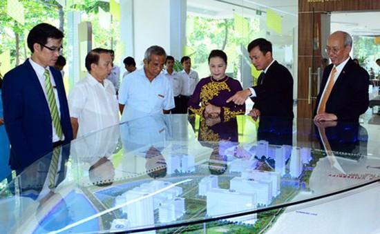 Chủ tịch Quốc hội làm việc với Trường Đại học Tôn Đức Thắng