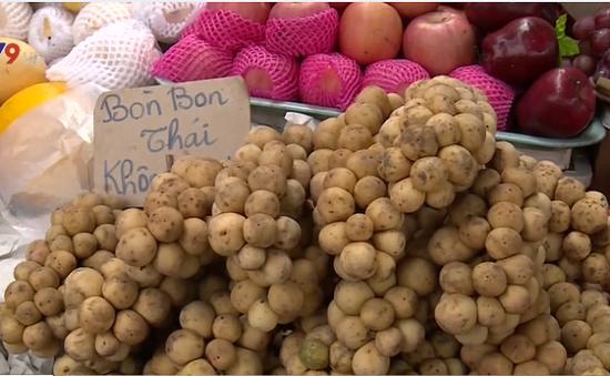 Trái cây Thái Lan tràn ngập thị trường Việt