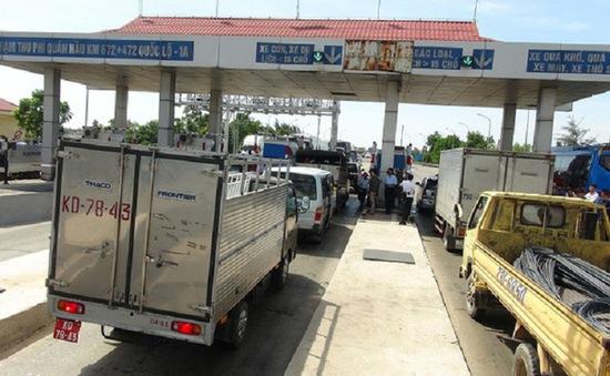 Gần 10.000 xe qua trạm thu phí Quán Hàu được miễn phí từ 1/8