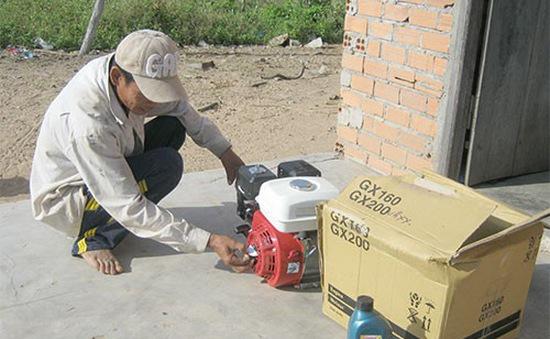 Vụ tráo máy phát cho hộ nghèo ở Bình Thuận: Khởi tố Chủ tịch và kế toán UBND xã La Dạ