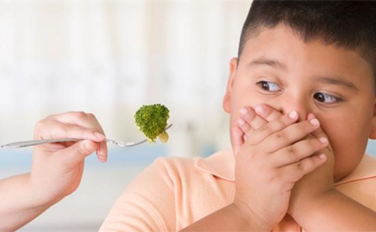 Trẻ béo phì - nguyên nhân từ tâm lý của cha mẹ