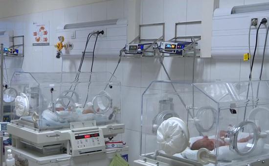 Vụ 4 trẻ sơ sinh tử vong ở Bắc Ninh: Chuyển các bệnh nhi lên tuyến trên để khử khuẩn bệnh viện