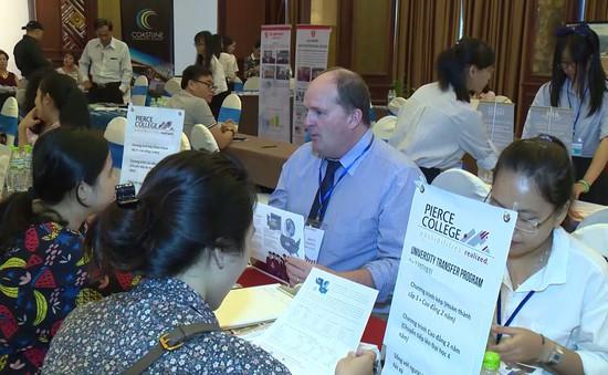 Huế: Hơn 30 trường cao đẳng Hoa Kỳ tham gia triển lãm về du học