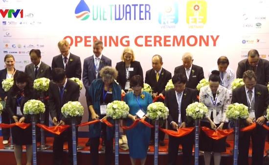 Hơn 400 DN tham gia Triển lãm quốc tế ngành nước và năng lượng tái tạo