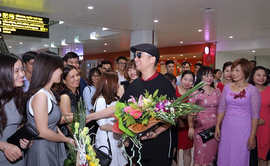 Đã đến lúc thời trang Việt cần được khẳng định trên sàn diễn quốc tế