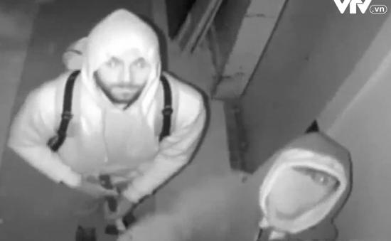 Mỹ: Công bố hình ảnh nghi phạm trộm 6 triệu USD kim cương đêm Giao thừa