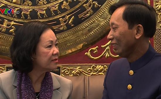 Đồng chí Trương Thị Mai thăm chức sắc tiêu biểu công giáo và tin lành phía Nam
