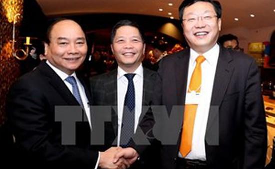 Thủ tướng dự các phiên thảo luận tại Hội nghị WEF