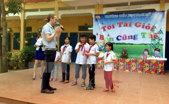 Bắc Giang đưa giáo viên nước ngoài vào dạy tiếng Anh tại các trường học