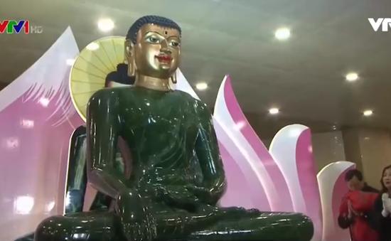 Cung nghinh triển lãm Phật ngọc lớn nhất thế giới