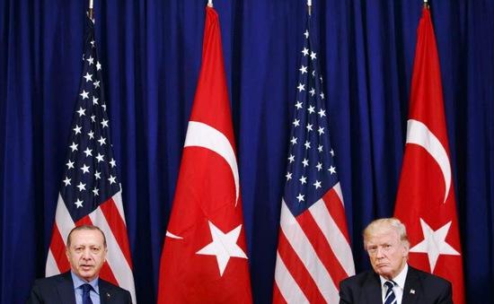 Thổ Nhĩ Kỳ xoa dịu căng thẳng ngoại giao với Mỹ
