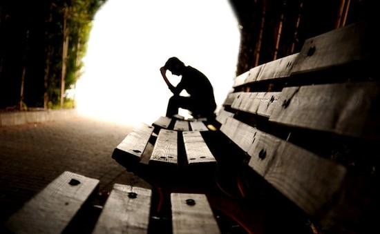 Nhật Bản đặt mục tiêu giảm 30% vụ tự tử trong 10 năm