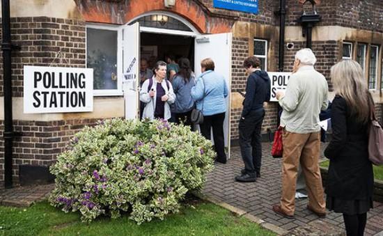 Những truyền thống đặc biệt của bầu cử Anh