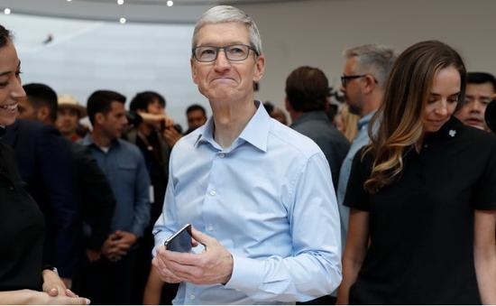 Tim Cook: Giá bán iPhone X không đắt, đúng với giá trị thực