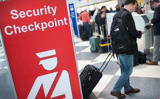 Mỹ xem xét chương trình miễn thị thực cho công dân châu Âu