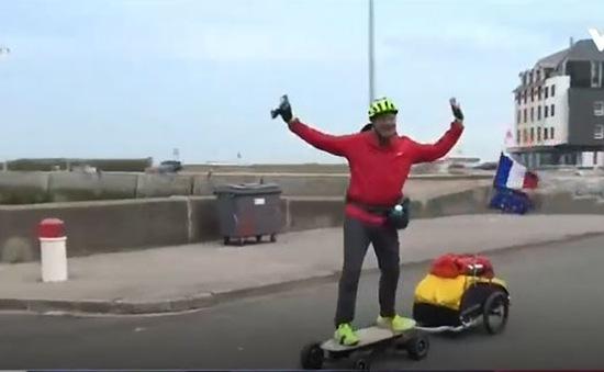 Kỷ lục đi vòng quanh nước Pháp bằng ván trượt điện