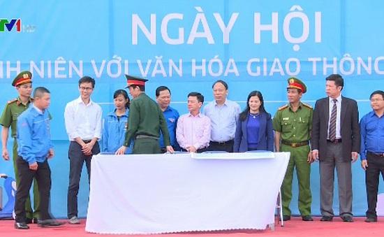 Lâm Đồng: Ngày hội thanh niên với văn hóa giao thông
