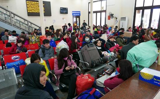 Người dân Lý Sơn háo hức về đảo đón Tết