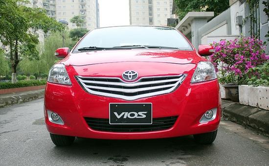 Nhiều mẫu ô tô giảm giá mạnh, về mốc 500 triệu đồng