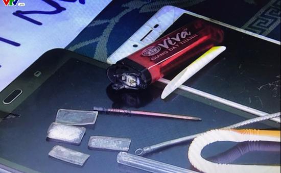Công an Núi Thành (Quảng Nam) bắt 3 đối tượng sử dụng ma túy đá