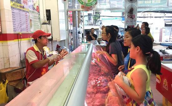 Thịt lợn VietGap giảm giá tới 49%