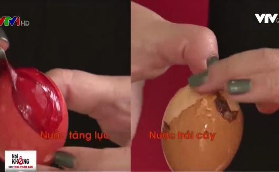 Ngâm trứng vào nước tăng lực trong 2 ngày: Chuyện gì sẽ xảy ra?
