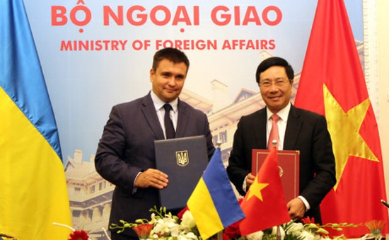 Ký kết Kế hoạch tham vấn giữa Bộ Ngoại giao Việt Nam và Ukraine giai đoạn 2018 – 2019
