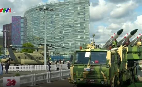 Hội chợ vũ khí lớn nhất thế giới khai mạc ở London