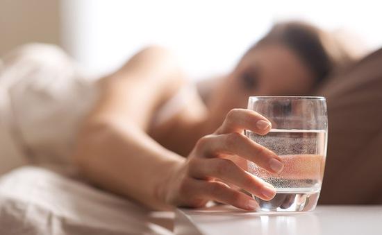 Những dấu hiệu cảnh báo cơ thể bạn bị thiếu nước