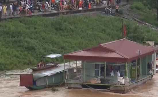 Hòa Bình di dân khi nhà máy thủy điện xả lũ