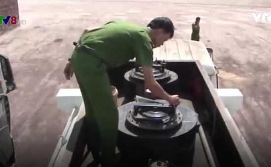Bình Định: Tạm giữ 17.000 lít xăng không hóa đơn