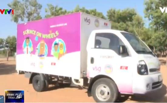 Xe thí nghiệm lưu động mang khoa học đến các miền quê Nigeria