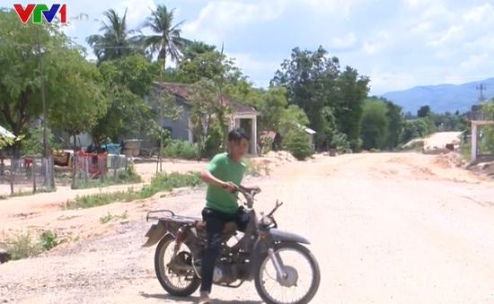 Phú Yên: Khó kiểm soát xe độ chế chở gỗ lậu