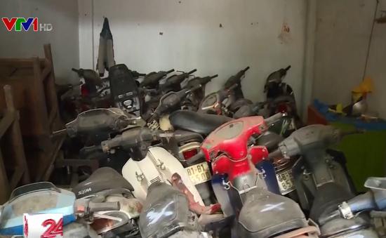 Khó xử lý hàng trăm xe máy vô chủ tại TP HCM