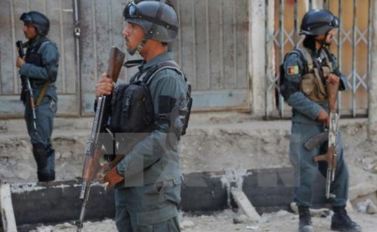 Cảnh sát Afghanistan ngăn chặn xe tải chở bom