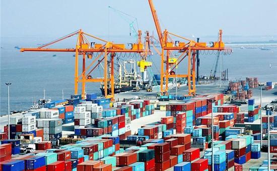 Tháng 10 có thặng dư thương mại cao nhất từ đầu năm
