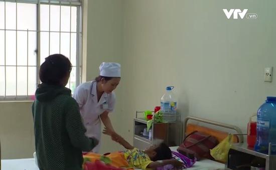 Khánh Hòa: Lần đầu tiên mổ thành công bệnh nhân mắc bệnh xương thủy tinh