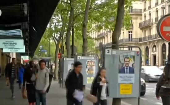 """Người dân Pháp được trao quyền """"sai lầm lần đầu"""""""