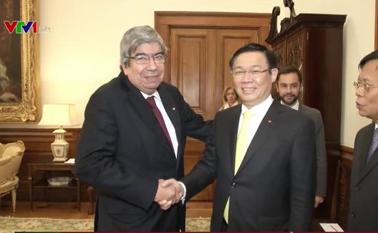 Việt Nam luôn coi trọng quan hệ hợp tác với Bồ Đào Nha