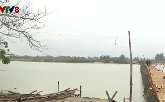 Quảng Nam: Nguy cơ mấy an toàn giao thông khi xây cầu tạm Duy Vinh
