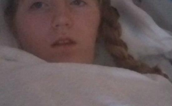 Bé gái xuất hiện triệu chứng lạ sau khi uống thuốc trị cúm