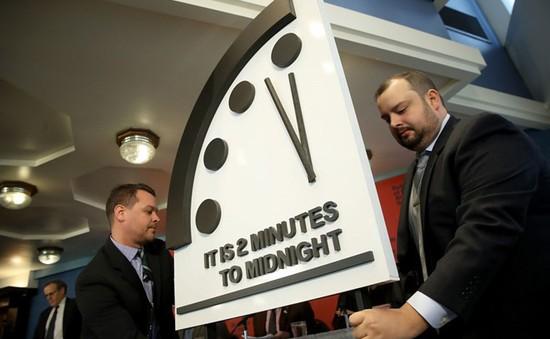 Đồng hồ Tận thế báo thời điểm diệt vong chỉ còn cách 2 phút