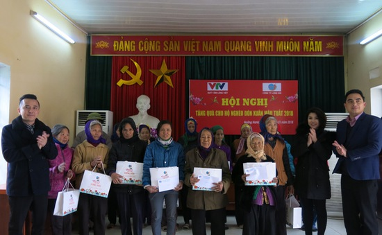 Tết ấm áp với các hộ gia đình chính sách, người cao tuổi tỉnh Hưng Yên