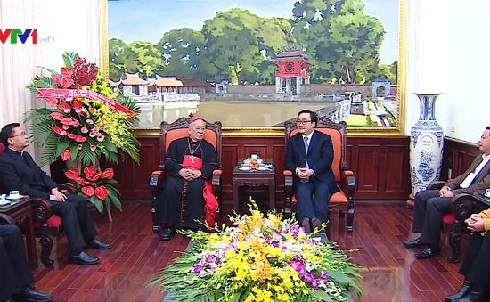 Bí thư Thành ủy Hà Nội tiếp Hồng y Nguyễn Văn Nhơn