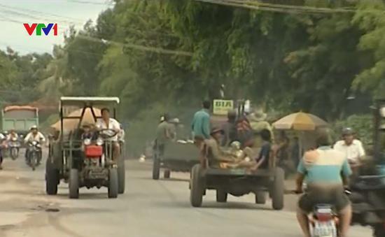 Phớt lờ lệnh cấm, xe công nông vẫn lưu thông trên quốc lộ