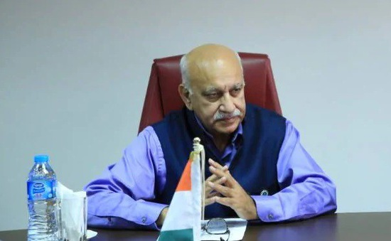 Quốc vụ khanh Bộ Ngoại giao Ấn Độ bị cáo buộc lạm dụng tình dục