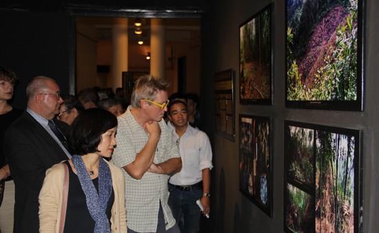 Triển lãm văn hóa người Bru - Vân Kiều tại Hà Nội