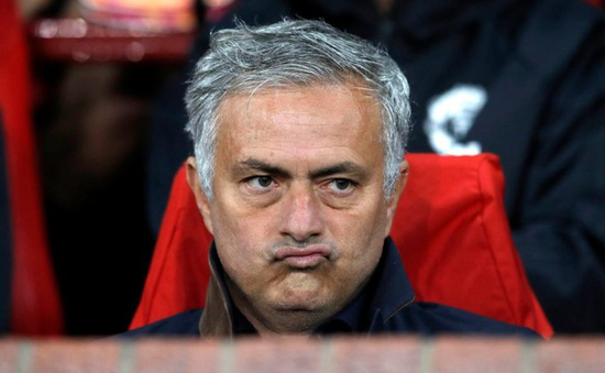 """Lộ diện """"thủ phạm"""" không ai ngờ tới muốn Mourinho bị đá văng khỏi Man Utd"""